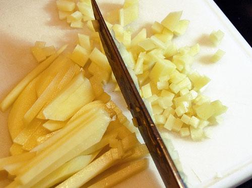 нарезка картофеля для манты с картофельной начинкой