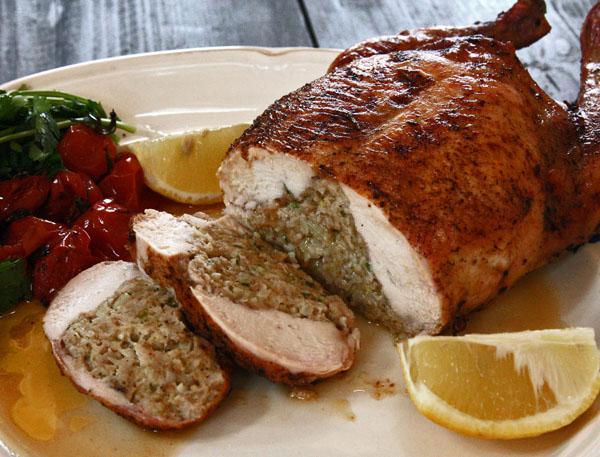готовая фаршированная курица по-тоскански