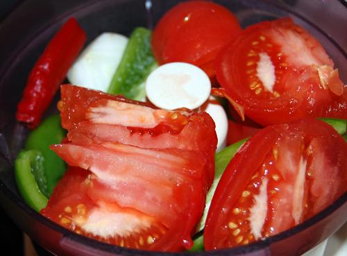 измельчение продуктов для домашнего кетчупа