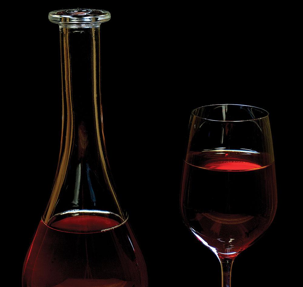 вино после рыбалки на льду