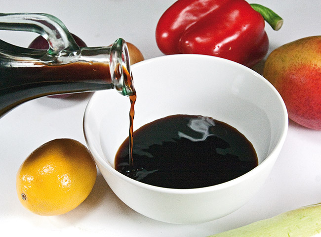 подготовка маринада для компонентов теплого салата